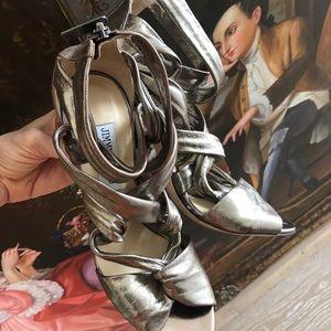 JIMMY CHOO 39  pewter heels